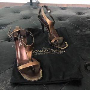 Donald J Pliner nany bronze heels sz 7.5 m